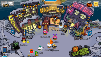 Club Penguin Halloween in Town