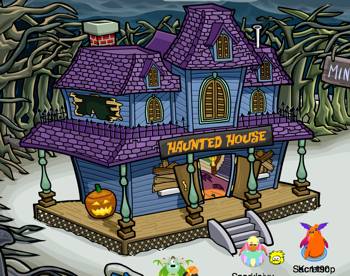 Club Penguin Haunted House Outside