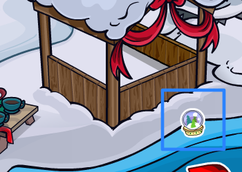 Club Penguin Snow Globe Pin at the Docks